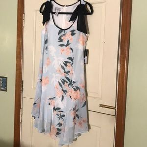Donna Morgan floral dress size 4 new with tags